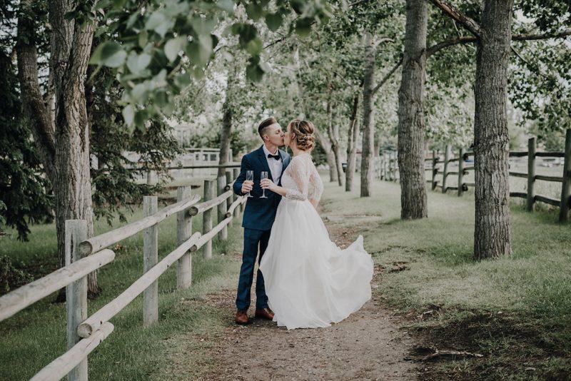 Gunn's Dairy Barn Summer Wedding