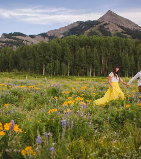 Colorful Crested Butte Engagement Session
