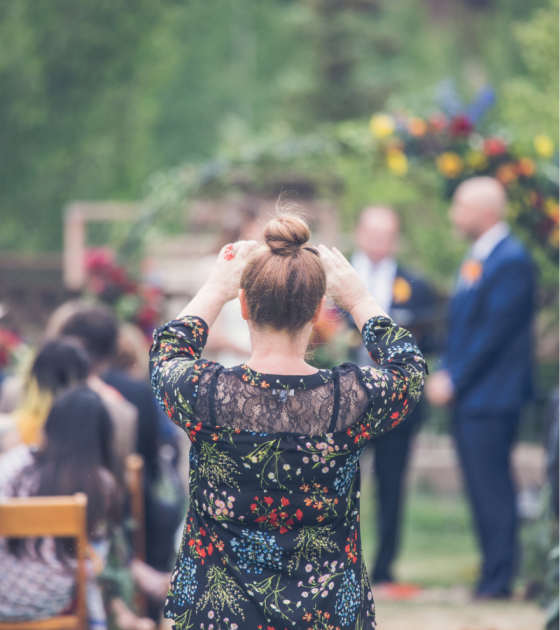 Unplugged Wedding: 5 Tips to Help your Guests Keep their Phones Down