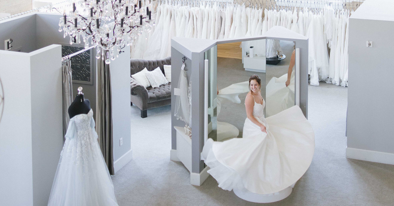 Tips from the Experts: Wedding Gown Shopping |  DenverWedding Planning
