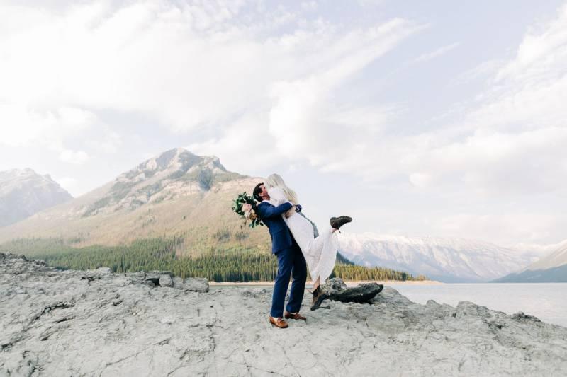 Anniversary Session at Lake Minnewanka |  BanffLifestyle Session