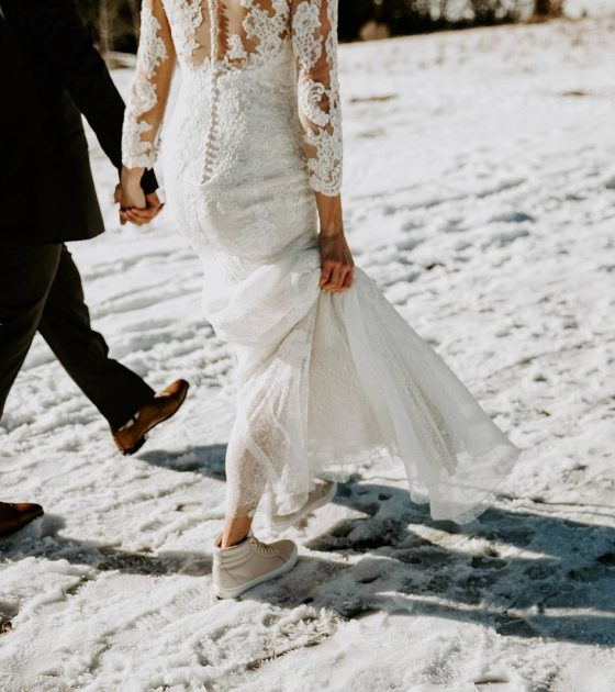 A Snowy October Wedding at Creekside Villa
