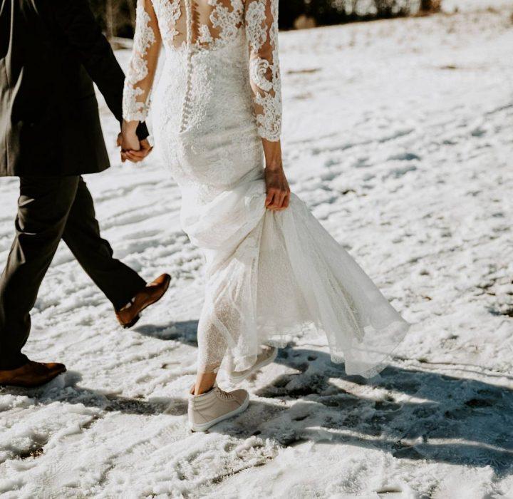 A Snowy October Wedding at Creekside Villa