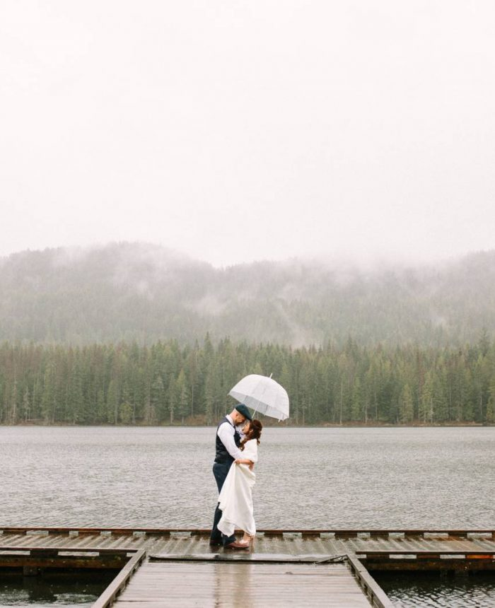 Rainy Day Elopement at Forty-One South | Sandpoint Elopement