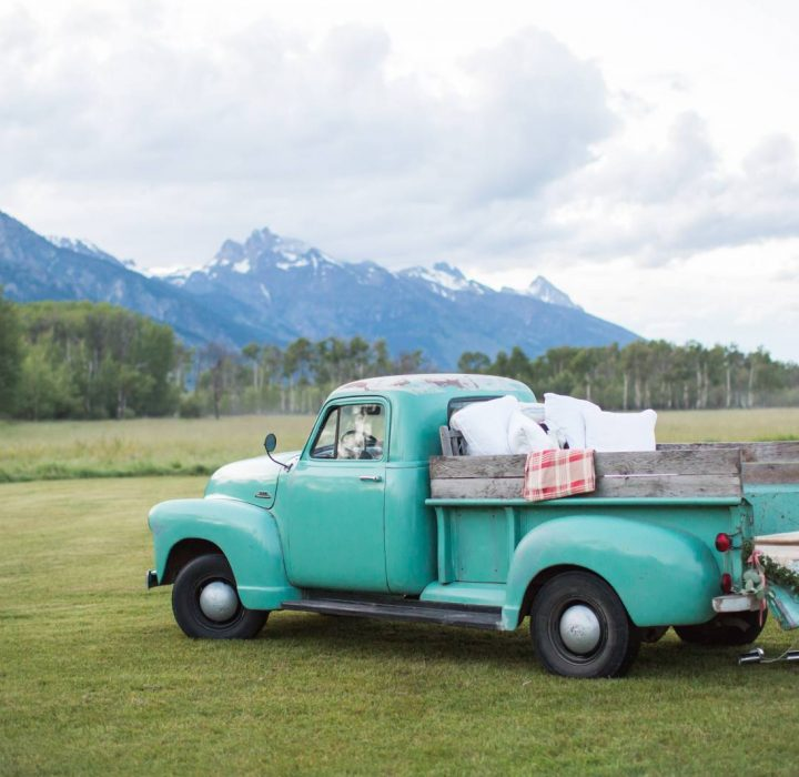 A Classic Summer Wedding at Snake River Ranch