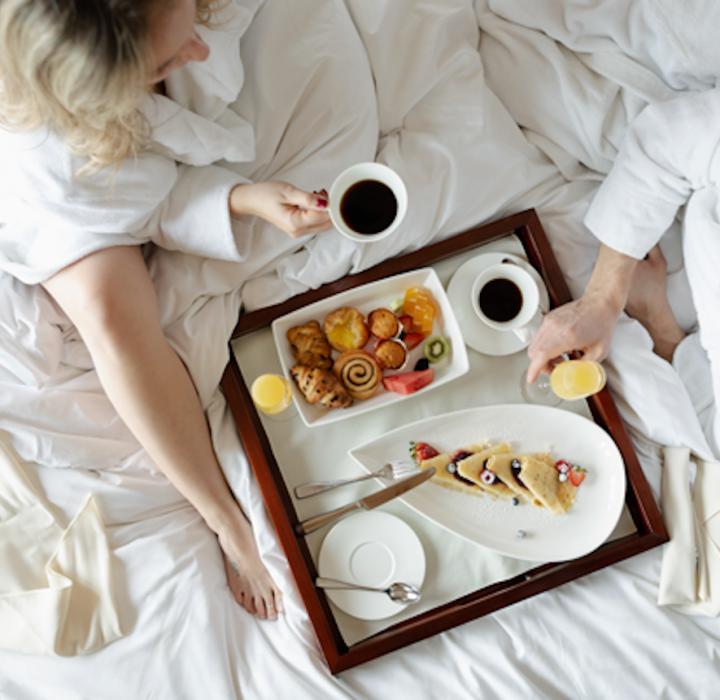 Take a Canadian Rockies Mini-Moon at the Azuridge Estate Hotel