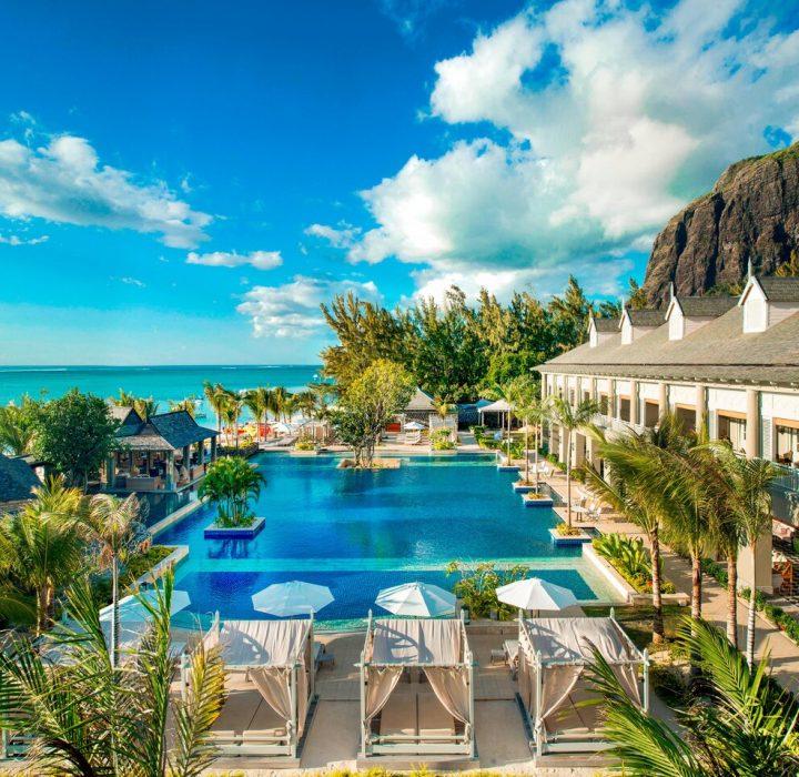 Plan a Spectacular Beachfront Honeymoon at The St. Regis Mauritius Resort