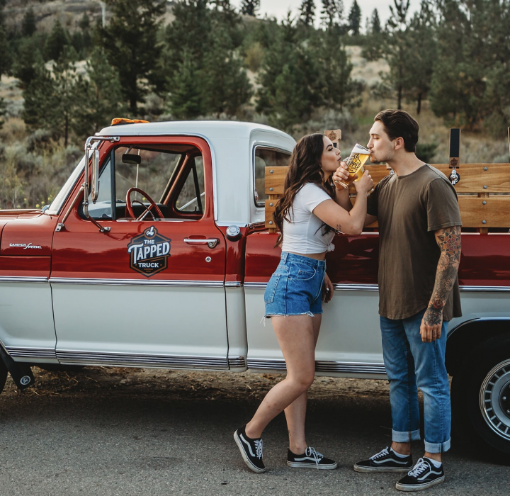 15 Mobile Bars Perfect for your Rocky Mountain Wedding