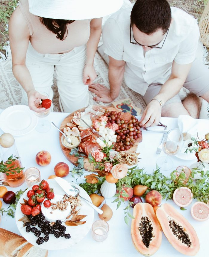 Tips for Planning a Romantic Picnic with your Sweetheart