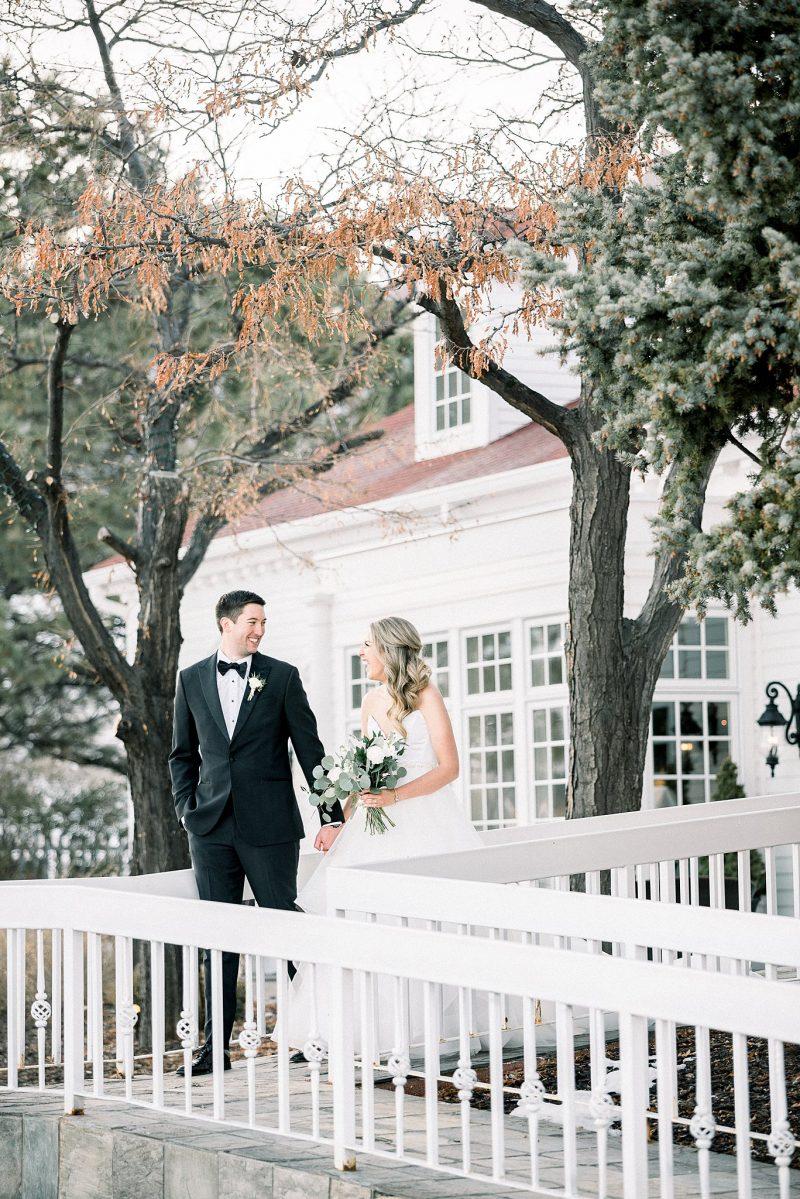 Sunny Fall Wedding at the Manor House