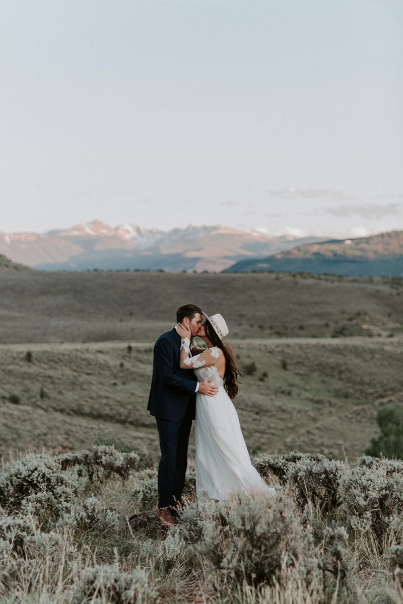 Dreamy Rustic Elopement at the Collective Vail Retreat