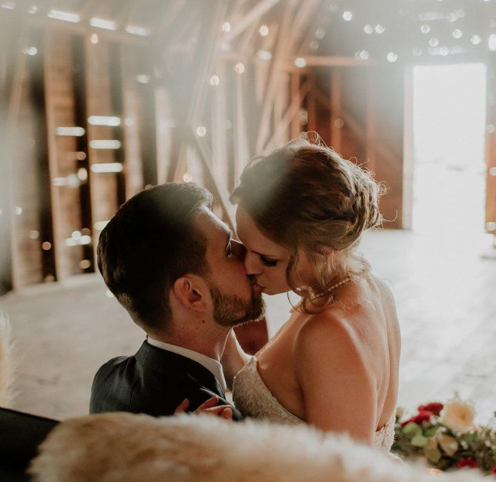 Modern and Rustic Wedding Inspiration