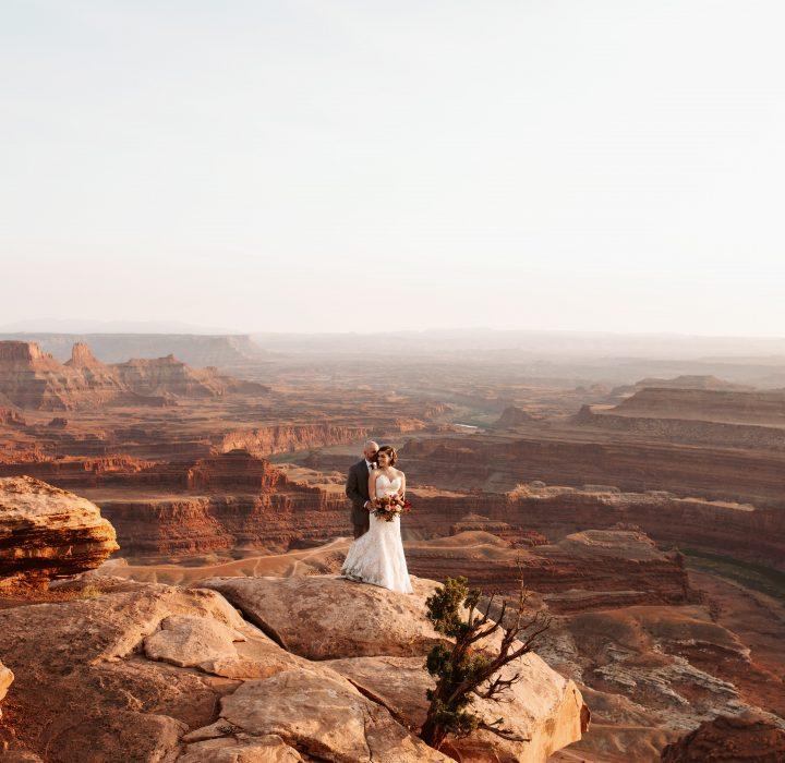 Dramatic Vista Bridals at Dead Horse Point