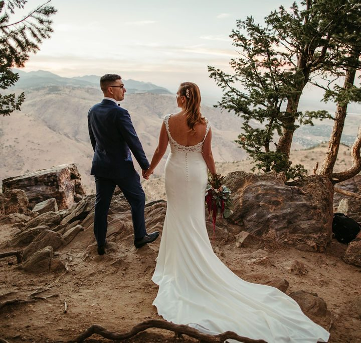 Modern and Contemporary Lookout Mountain Elopement