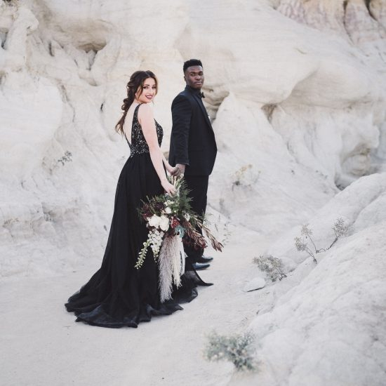 Earthy and Distinctive Paint Mines Elopement Inspiration