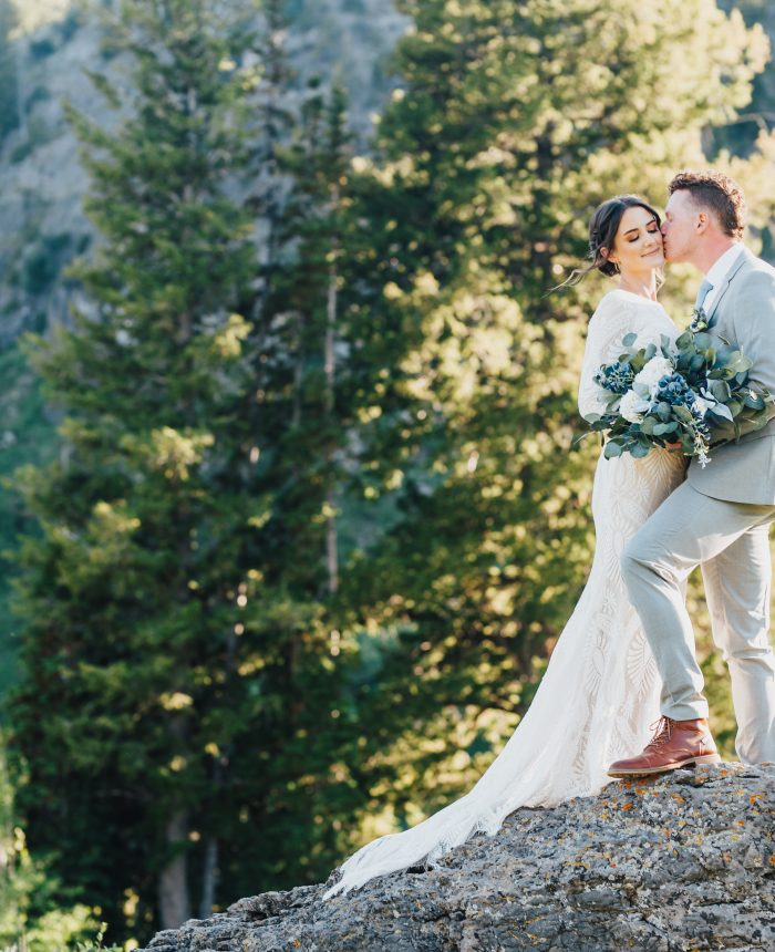 Elegant and Earthy Lakeside Bridals
